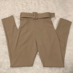PRETTY LITTLE THING Belted Pants